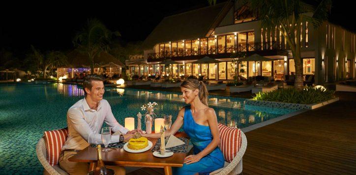 14_romantic-dinner-2